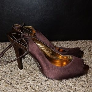 Brown Guess heels